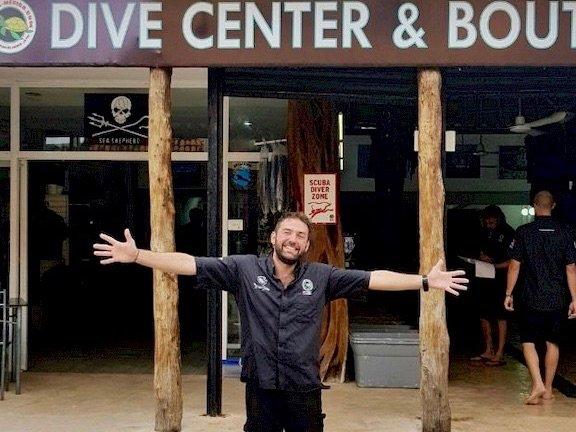 Working in a dive center, a dream?