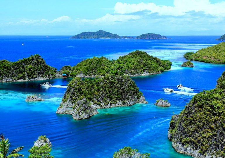 """Which diving destination is number 1 of your """"TO DIVE LIST""""?"""