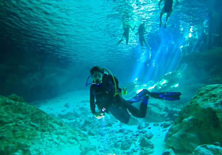 Extraordinary diving experience in millennial sites