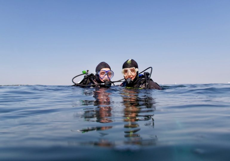 Young and scuba diving: a complicated association?